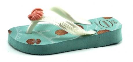 Op Penny Blossoms (fashionbabes vinden hier de beste online shops) is alles over accessoires te vinden: waaronder schoenen en specifiek Havaianas Kids Fantasy Licht blauw HAV13 van de online shop Stoute Schoenen
