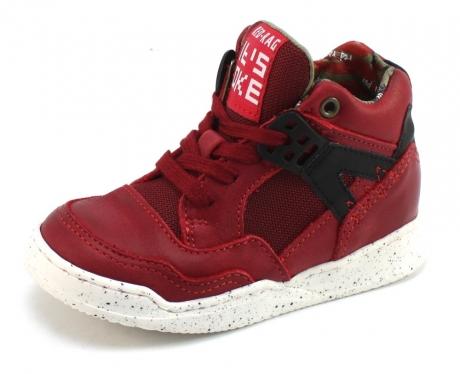 rode schoenen jongens