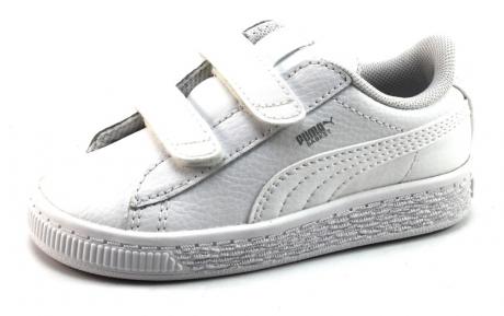 f5c4ba44f98314 Uit de kindercollectie van puma deze witte sneaker, artikel 364503 basket  classic. de buitenkant