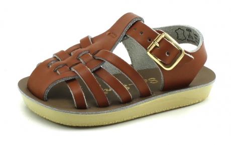 Op Penny Blossoms (fashionbabes vinden hier de beste online shops) is alles over accessoires te vinden: waaronder schoenen en specifiek Salt Water Sandals Sailor Bruin SAL22 van de online shop Stoute Schoenen